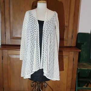 Forever 21 Ivory Crochet Style Cardigan Wrap